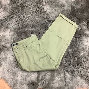 Calvin Klein Jeans | Women's Cropped Jeans |Olive
